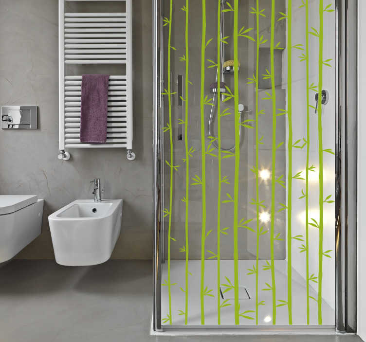 TenVinilo. Vinilo para mampara baño bambú. Vinilos para duchas con un diseño de inspiración orienta con varias cañas de bambú con los que podrás renovar el aspecto de tu aseo.