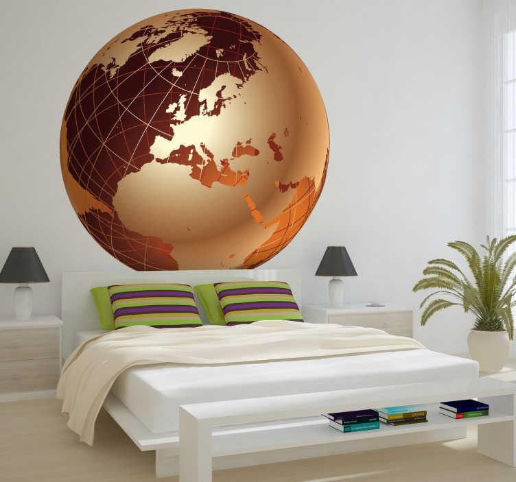 TenStickers. Sticker gouden wereldbol Europa. Muursticker van een gouden wereldbol waarvan het deel van Europa goed zichtbaar is. Originele wanddecoratie voor de versiering van uw woning.