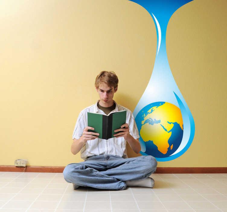 TenVinilo. Vinilo planeta Tierra mapa gota. Adhesivo decorativo del globo terráqueo dentro de una gota de agua. Una forma de decoración juvenil original y educativa sobre la problemática global de escasez de agua.