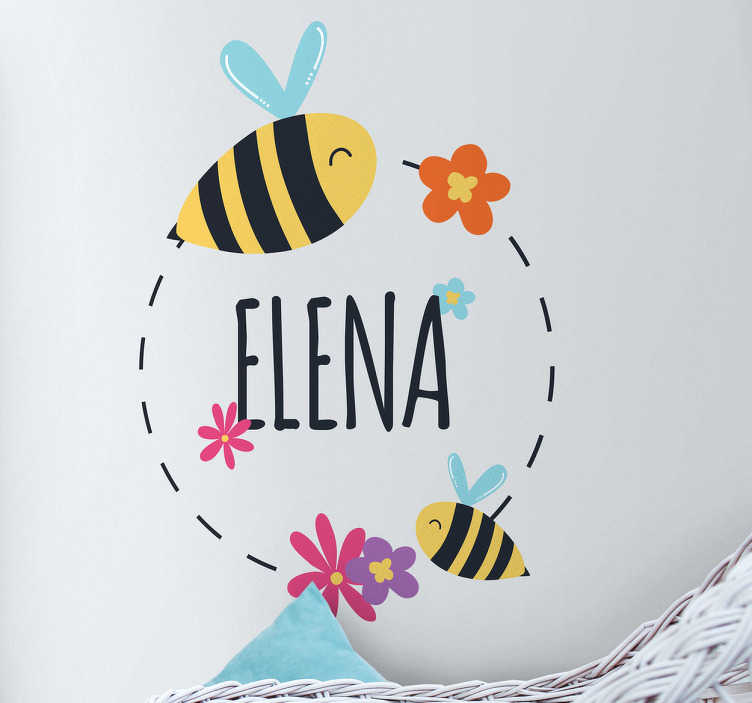 TenStickers. Naklejka na ścianę imię dziecka i pszczółki. Wyślij nam imię swojego dziecka, a my umieścimy je w okręgu otoczonym wesołymi i kolorowymi pszczółkami! Prosta i delikatna naklejka do ozdoby ścian pokoju dziecięcego!