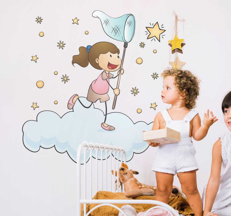 TenVinilo. Vinilo infantil atrapando una estrella. Vinilos decorativos para niñas con imaginación en el que aparece el dibujo de una chica persiguiendo las estrellas del cielo subida en una nueva.