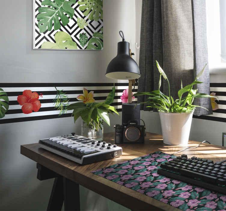 TenVinilo. Cenefa adhesiva estampado jungla. Cenefas pared en vinilo con un diseño moderno y actual basado en flores y plantas tropicales sobre un fondo rallado en negro y blanco