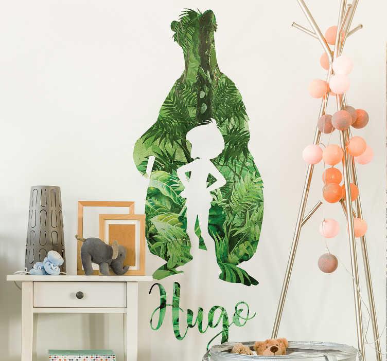 TenVinilo. Vinilo personalizable libro de la selva. Vinilos decorativos infantiles con una representación del perfil de Mowgli y el oso Baloo y el nombre que desees en la parte inferior.