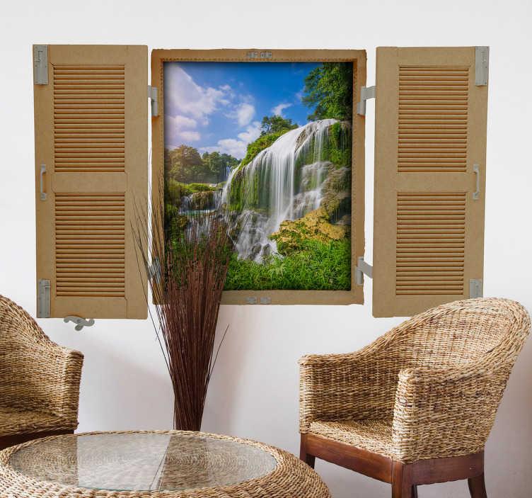 TenStickers. Okno dżungli naklejki. Przynieś na zewnątrz do domu tę naklejkę ścienną. Ta naklejka składa się z okna z otwieranymi okiennicami, które pozwalają spojrzeć w dżunglę.