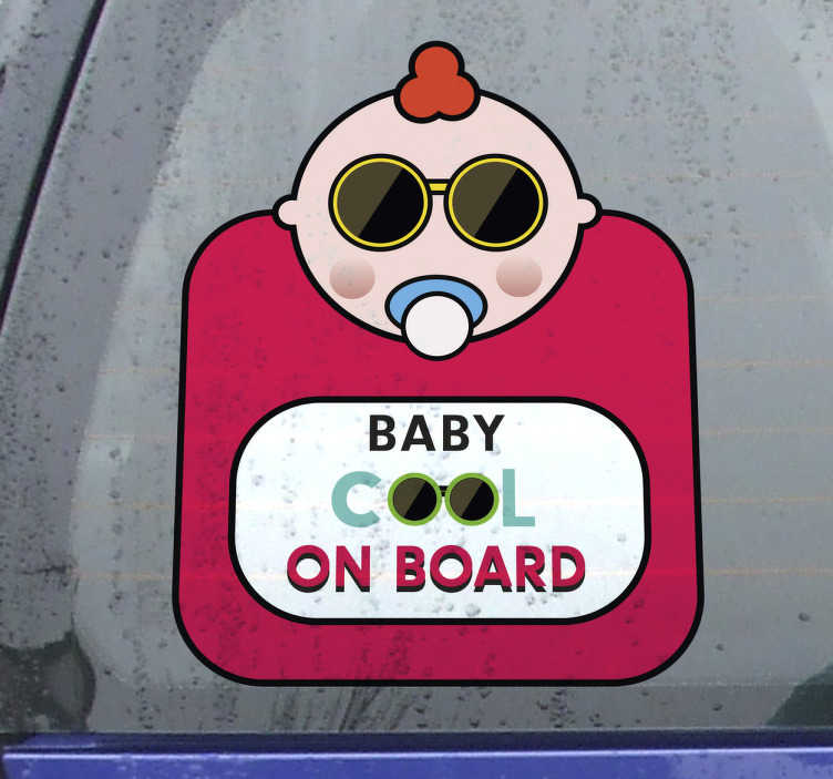 """TenStickers. Naklejka na samochód """"Cool baby on board"""". Naklejka na samochód, przedstawiająca zabawny rysunek małego dziecka w okularach przeciwsłonecznych z napisem """"Baby cool on board"""" (""""Super dziecko na pokładzie""""). Daj znać innym kierowcom, że w Twoim samochodzie znajduje się dziecko z tą wyjątkową naklejką!"""