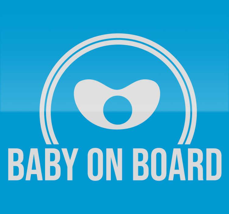 TenStickers. Sticker baby on board speen. Op zoek naar een simpele maar leuke decoratie om te laten zien dat de baby aan boord is? Deze simpele sticker bestaat uit een speen met halve cirkel.