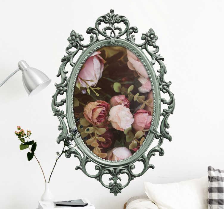 TenStickers. Naklejka ścienna personalizowane lustro w stylu vintage. Dzięki temu spersonalizowanemu naklejka ścienna z lustrem stworzysz styl vintage w swoim domu. Ta naklejka ścienna może zostać spersonalizowana przez własne zdjęcie w środku zabytkowej ramy lustra.