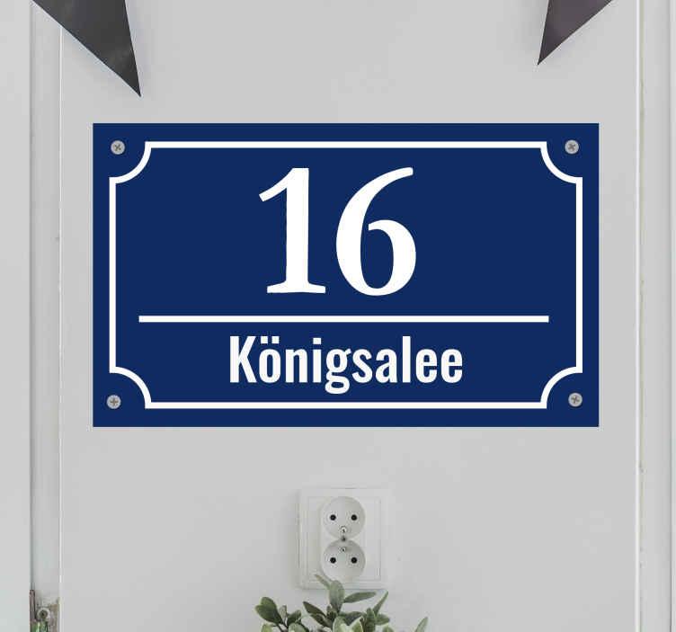 TenStickers. Straßenname + Hausnummer Aufkleber. Erstellen Sie den Straßennamen und Ihre Hausnummer als Aufkleber. Der Sticker eignet sich sowohl für den Briefkasten als auch für Ihre Mülltonne oder Haustür.
