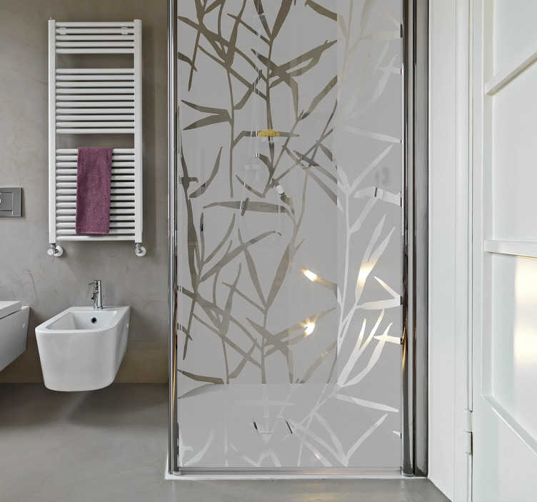TenStickers. Naklejka na drzwi prysznicowe z trzciny. Półprzezroczysta plakietka prysznicowa w kształcie wielu stroików, aby stworzyć przyjemną atmosferę w łazience, zapewniając jednocześnie prywatność pod prysznicem. Ten elegancki, nowoczesny design będzie wyglądał wspaniale i doda wykończenia do twojego wystroju łazienki, którego szukałeś.