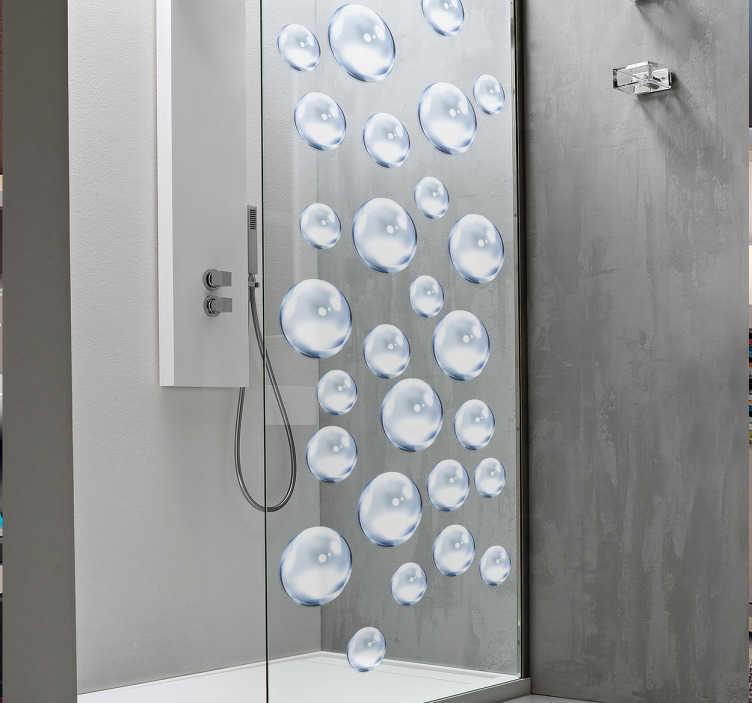 TenStickers. Sticker Paroi de Douche Bulles d'Eau pour Vitre de Douche. Enfin des bulles d'eau qui n'éclatent pas quand t'on les touches ... Tout ça grâce au sticker de salle de bain de gouttes d'eau qui vous gardera votre confort et intimité.