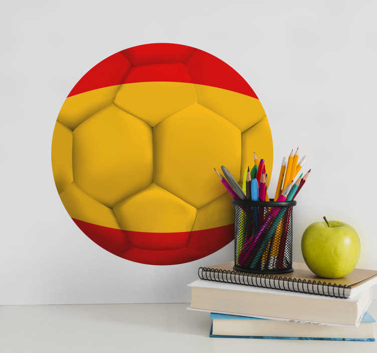 TenVinilo. Vinilo fútbol pelota del Mundial. Pegatinas de España, con el dibujo de un balón de fútbol para decorar desde la pared del cuarto de tus hijos hasta un portátil.