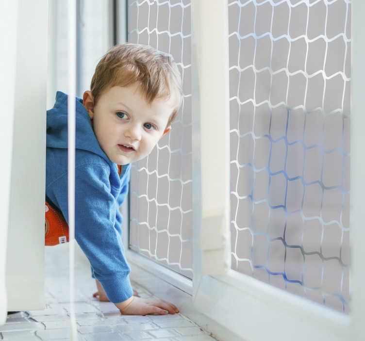 TenStickers. Naklejka na okienko celownicze. Z tą piękną naklejką na okno przedstawiającą piłkarską siatkę bramkową, którą tworzysz na wyjątkową dekorację swojego okna i ekranu z widoków. świetna naklejka na okno nadaje się jako dekoracja okien w kuchni, w salonie lub w pokoju dziecinnym.