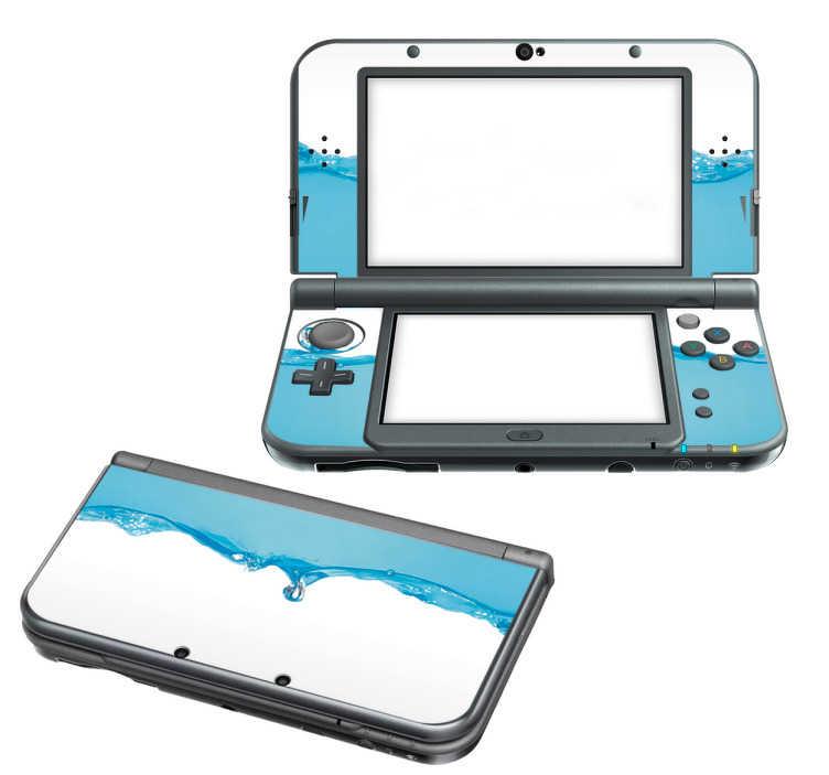 TenStickers. Naklejka na Nintendo z  efektem wody. Naklejka na Nintendo z motywem poruszającej się błękitnej wody, jeden z naszych najbardziej wyszukanych stylów!