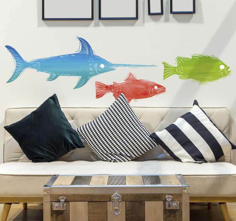 TenStickers. Stickers poissons coloriés. Sticker poissonreprésentant les silhouettes de deux poissons ainsi que d'unespadon. Des poissons rouges, verts et bleus qui viendront habiller vos murs, avec undesign originalet coloré.