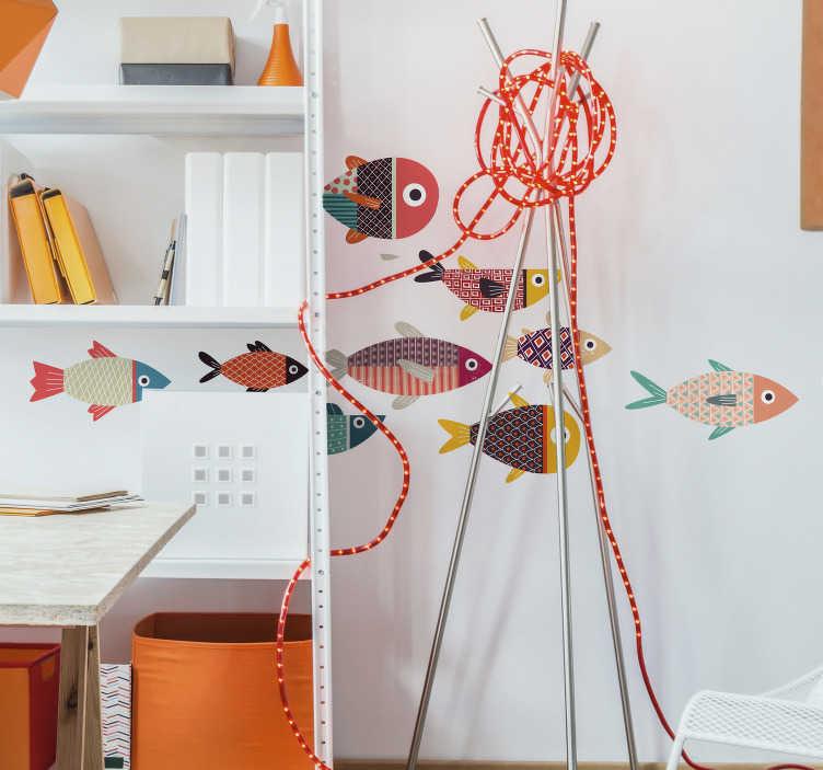 TenStickers. Adesivi murali pesci colorati. Stickers pesci colorati e stilizzati realizzati con diverse trame e stili particolari Adesivo murale perfetto per decorare qualsiasi angolo di casa, particolarmente ideale da utilizzare come adesivi per camerette dei bambini