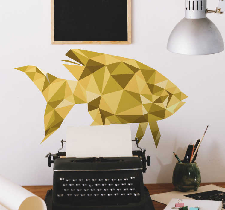 TenStickers. Sticker poisson couleurs dorées. Sticker mural représentant un poisson aux multiples facettes dorées Vous pourrez choisir les dimensions de votre adhésif, pour que ce dernier s'adapte au mieux à votre décoration déjà présente ainsi qu'à vos goûts. Un autocollant plein de poésie et d'élégance.