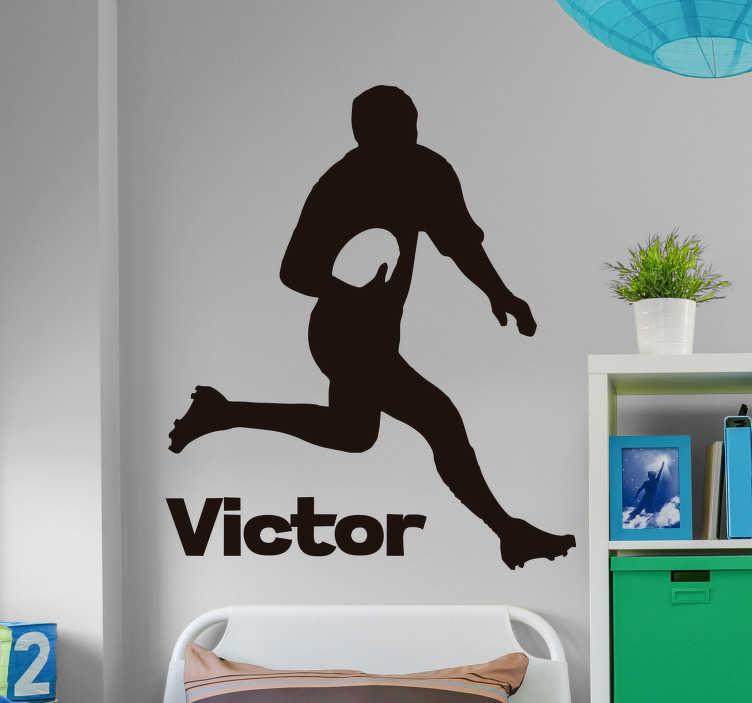 TenStickers. Sticker mural rugby personnalisable. Sticker silhouette représentant une personne en train de courir avec un ballon de rugby à la main, crampons aux pieds. Un autocollant idéal pour les fans du ballon ovale, pour un sticker on ne peut plus personnalisé.