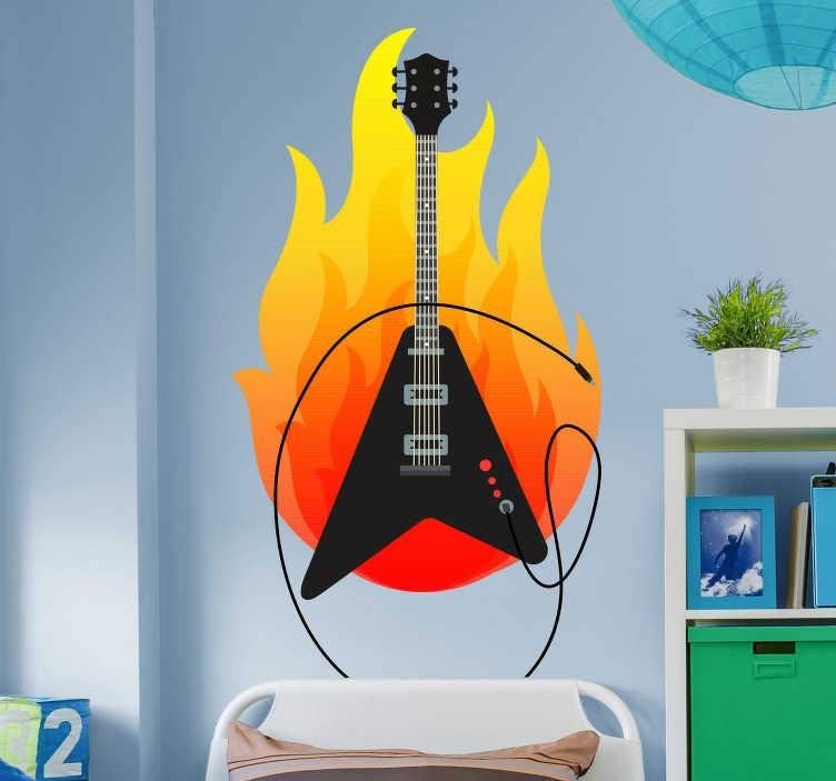 TenStickers. Wandtattoo E-Gitarre und Flamme. Ist Ihr Kind besonders an Musik interessiert und spielt vielleicht sogar ein rockiges Instrument?Die knalligen Farben der Flamme setzen zudem ein echtes Highlight und bringt Schwung und originelle Gestaltung an die Wand.