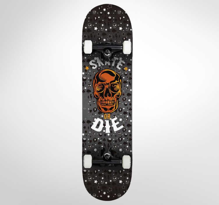 """TenVinilo. Pegatinas skate old school. Vinilos para monopatines, decora la parte inferior de tu skateboard con un diseño retro con el texto """"skate or die"""" (patina o muere) acompañado del dibujo de una calavera Escoge el tamaño que mejor te convenga para este sticker skate exclusivo"""