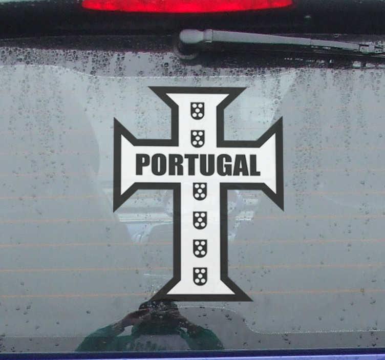 TenStickers. Autocolante para veículos cruz portuguesa. Vinil autocolante com cidades e países para demonstrar o orgulho que tem em pertencer ao seu país. Fácil de aplicar.