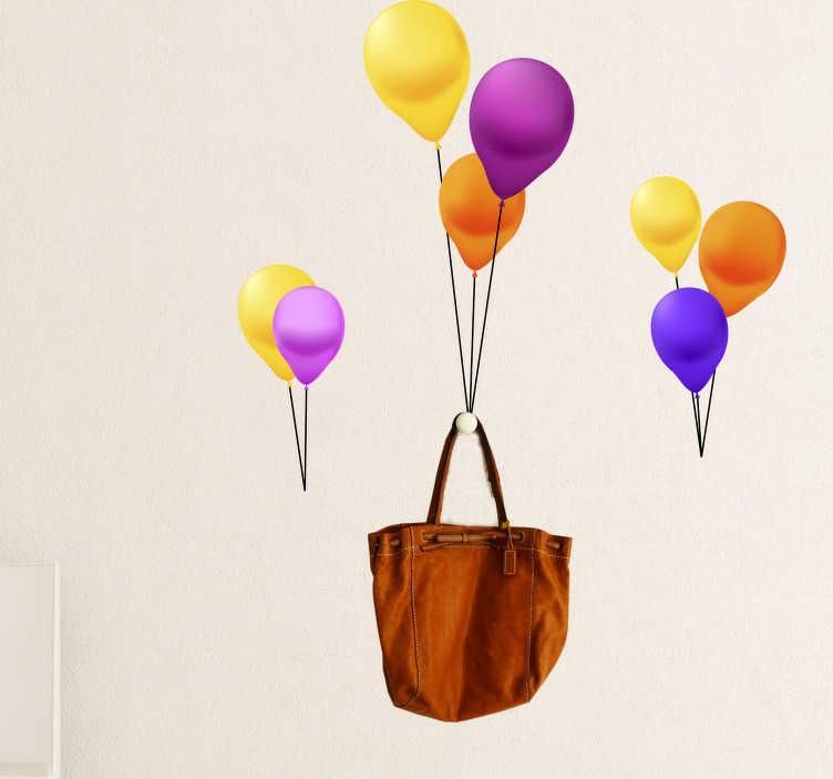 TenStickers. Sticker Kapstok ballonnen. Creëer een vrolijke sfeer in uw woning met deze kleurrijke decoratie sticker van ballonnen die als kapstok dienen. Pas de afmetingen naar eigen wens aan.