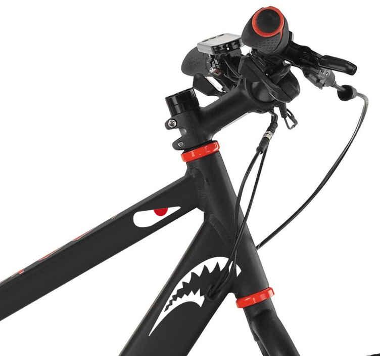 TenStickers. Fietssticker haaien. Plaats deze haaien sticker op uw fiets of een andere voertuig om deze herkenbaar te maken en voor uitstraling te zorgen. Bepaal zelf de afmetingen.