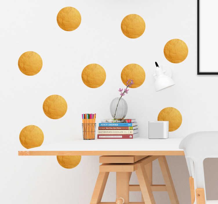 TenVinilo. Vinilo pared Topos dorados. Originales pegatinas adhesivas con patrón de topos en colores dorado mate ideales para decorar cualquier estancia. +50 Colores Disponibles.
