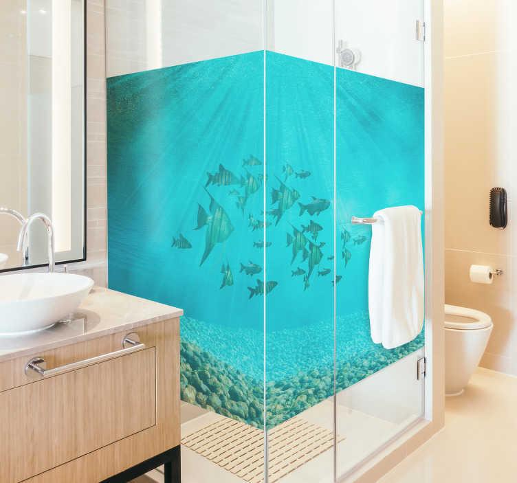 TenStickers. Disegno per pareti pesci 3d. Sticker bagno pesci e mare 3d per dare un tocco moderno al tuo box-doccia, sorprendendo chiunque! Di semplice applicazione, originale ed economico.