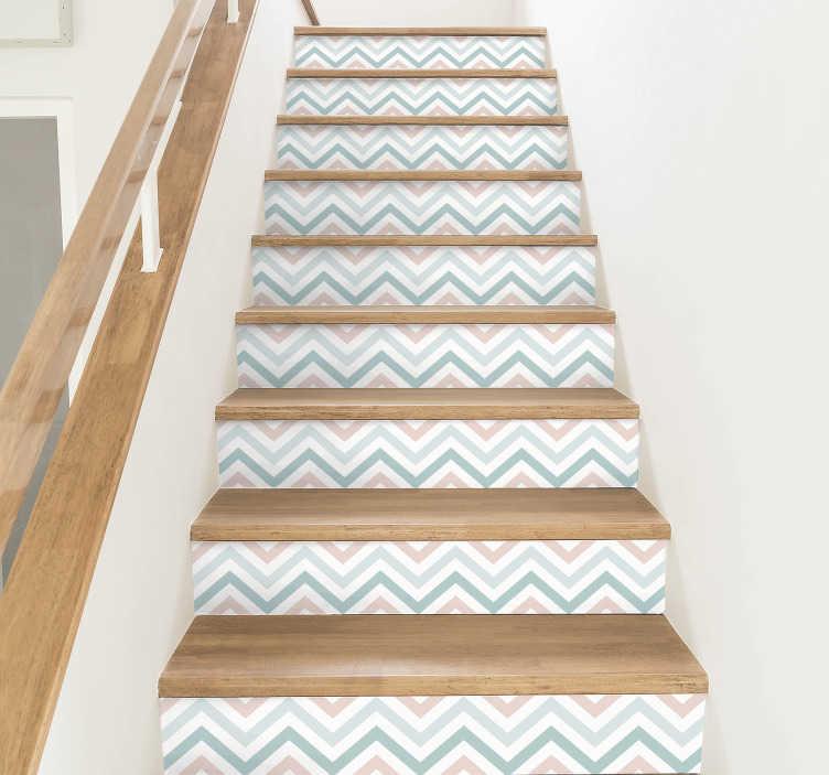 TenStickers. Vormen trap sticker abstracte patroon. Decoreer de traptreden met deze sticker waar patronen in verschillende kleuren zijn afgebeeld. Afmetingen aanpasbaar. Snelle klantenservice.