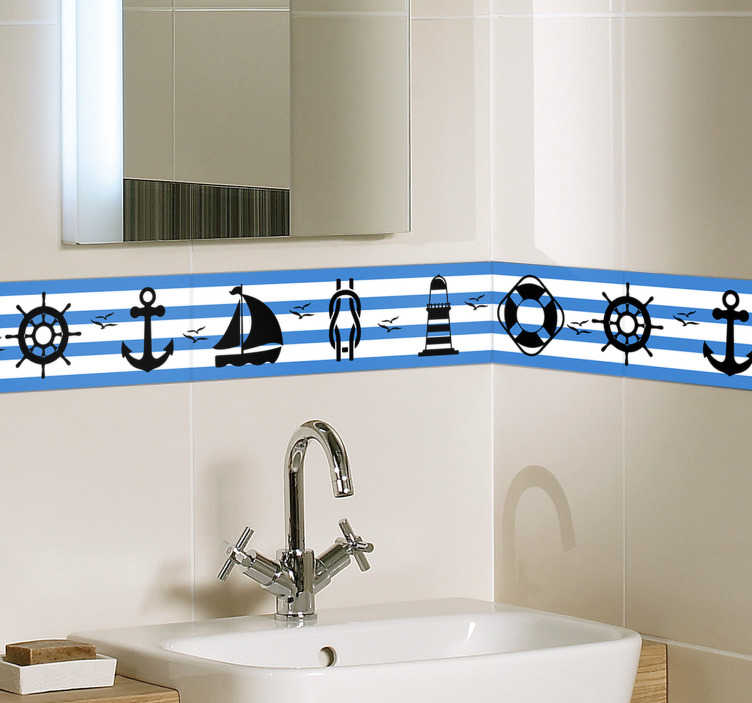 TenStickers. Tegelsticker behangrand zeevaart. Een vrolijke behangrand sticker met verschillende karakteristieken van de zeevaart voor het decoreren van de badkamer. +10.000 tevreden klanten.