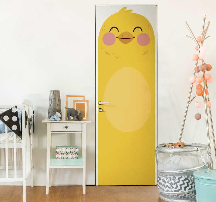 TenStickers. Sticker Chambre Enfant Poussin Jaune pour Porte. Qu'est ce qui est jaune et qui attend?C'est notre sticker porte pour enfants de poussin conçu pour la chambre de votre enfant ou en salle de jeux