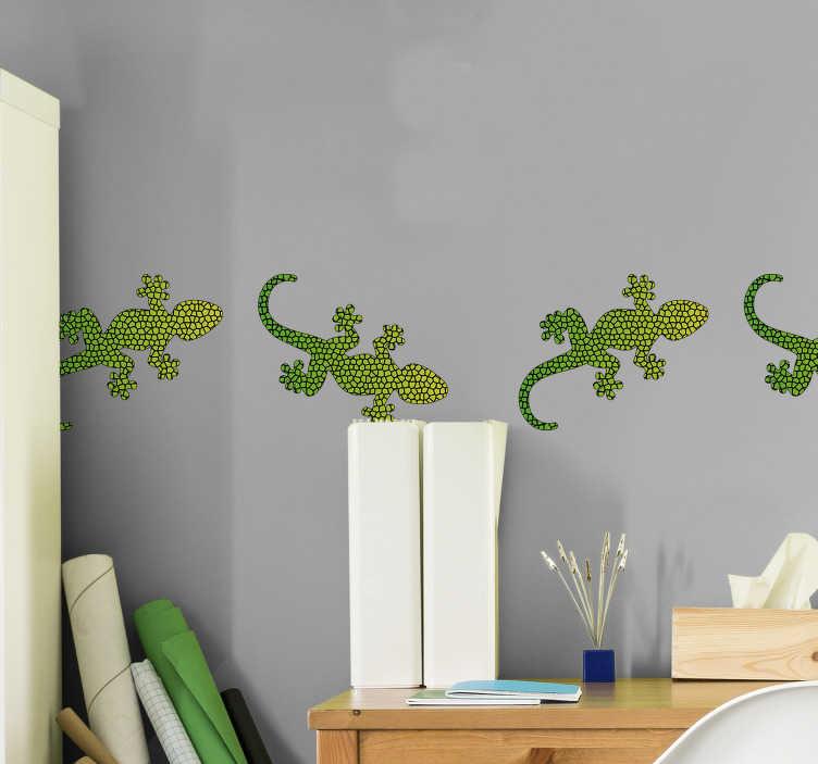 TenVinilo. Cenefa adhesiva Estampado animal print réptil. Cenefa con lagartijas en tonos de verde, ideal para darle un toque gracioso a cualquier habitación. Atención al Cliente Personalizada.