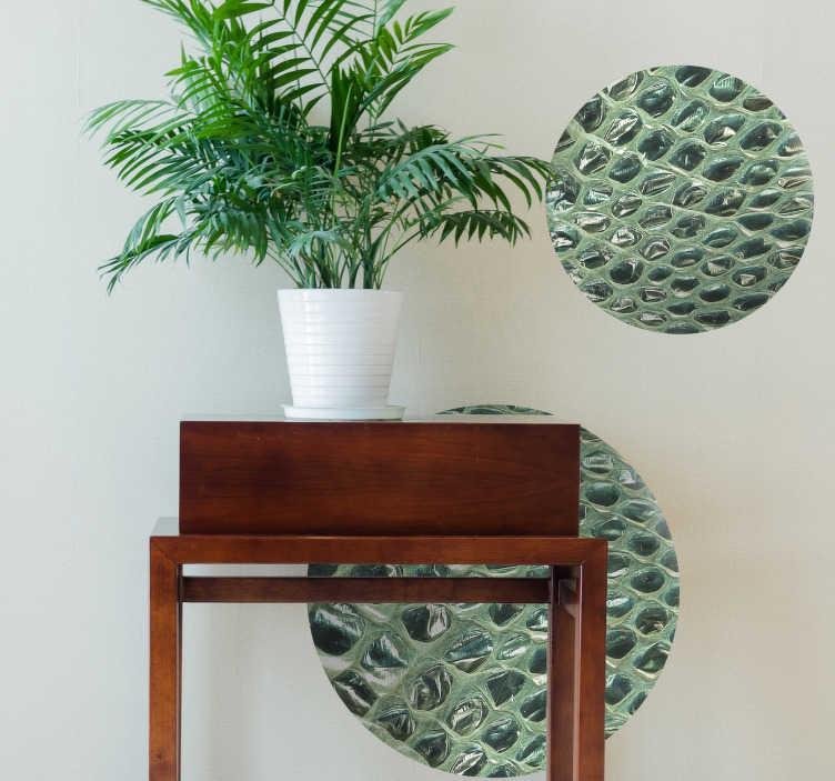 TenVinilo. Vinilo pared print animal serpiente. Impresionante vinilo con estampado de serpiente compuesto por círculos de diferentes tamaños. Vinilos Personalizados a medida