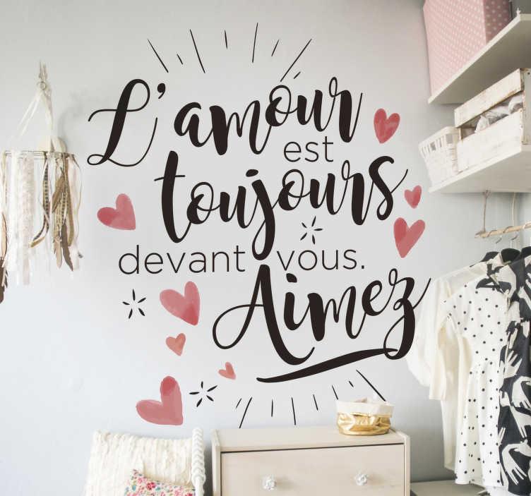 TenStickers. 爱情诗人报价励志贴花. 爱报价卧室和客厅装饰的墙贴。易于应用,并且可以按任何所需大小提供。粘着耐用。