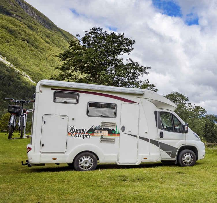 TenStickers. 快乐露营车贴纸. 用这个神奇的汽车贴纸表达您对露营的热爱!防气泡乙烯基。