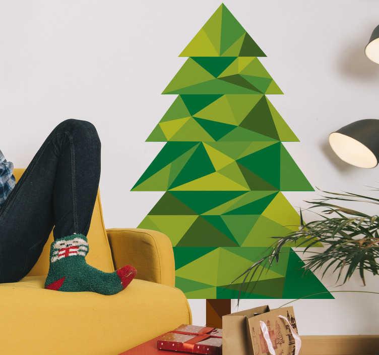 TenStickers. Veelhoekige kerstboom muursticker. Deze veelhoekige kerstboom muursticker zal voor een unieke kerst decoratie zorgen dit jaar. Verkijgbaar in verschillende maten. Snelle klantenservice.
