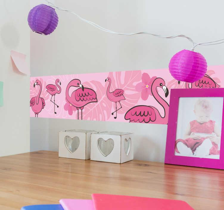 TenStickers. Naklejka dla dzieci wzór z flamingów. Naklejka ścienna, przedstawiająca poziomy, różowy wzór, składający się z flamingów w różnych ujęciach i zbliżeniach. Idealna naklejka do pokoju Twojej córki! Spersonalizuj swoją naklejkę!