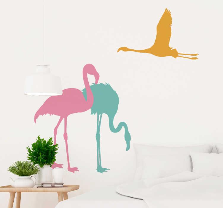 TenVinilo. Vinilo pared Flamencos volando. Original vinilo adhesivo formado por la ilustración de tres flamencos en posiciones y colores diferentes.  Atención al Cliente Personalizada.