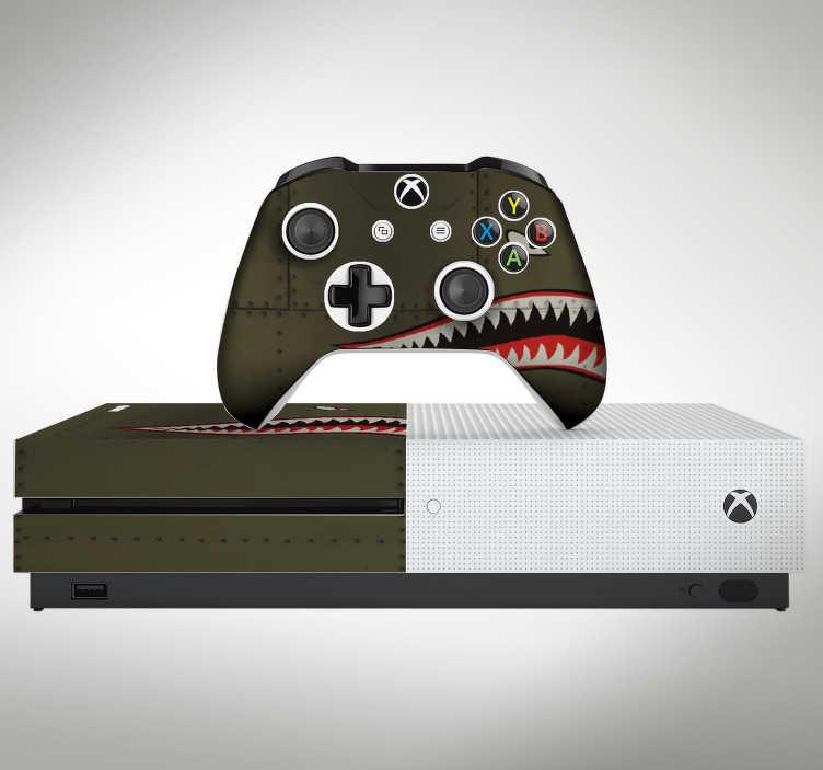 TenVinilo. Vinilo original Tiburón fuerzas aéreas. Original vinilo adhesivo para Xbox y controladores con el diseño de la boca de un tiburón sobre textura metálica. Fácil aplicación y sin burbujas.