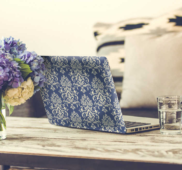 TenStickers. Naklejka na laptopa niebieski gobelin. Jeśli podobnie jak my uwielbiasz gobeliny, to ta naklejka na laptopa jest idealna dla Ciebie! Przedstawia ona niebieski gobelin, który sprawi, że Twój laptop będzie wyglądał jak żaden inny! Nowe promocje w naszym newsletterze!