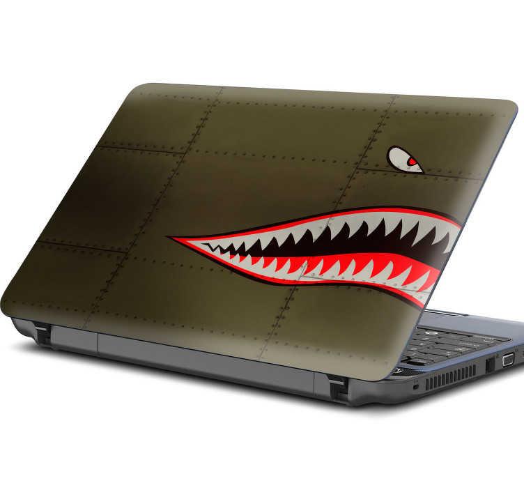 TenVinilo. Pegatina Tiburón fuerzas aéreas portátil. Fantástica pegatina adhesiva para portátil con el diseño de la boca y los ojos de un tiburón sobre un fondo con textura metálica. Precios imbatibles.