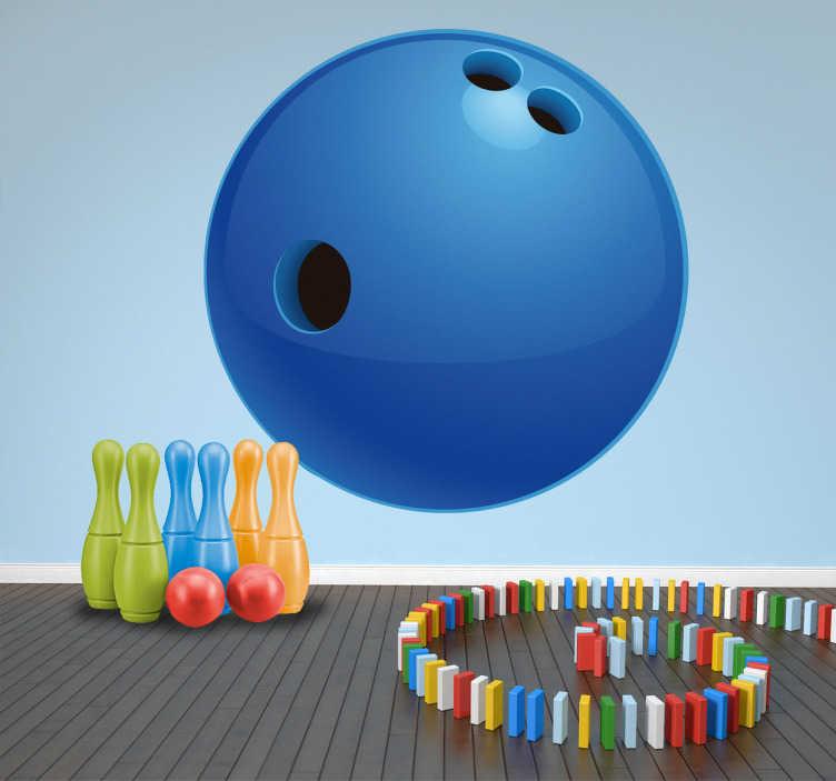 TenStickers. Sticker bowlingbal kinderen. Is je zoon of dochter gek van bowlen? Een leuke muursticker van een blauwe bowlingbal met drie gaten voor de decoratie van de kinderkamer!
