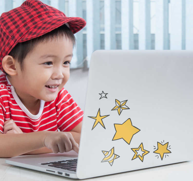 TenStickers. Različna zvezda laptop nalepka. Okrasite laptop s to dekorativno nalepko, ki ponazarja različne zvezde. Na voljo v različnih velikostih in zelo enostaven za uporabo.