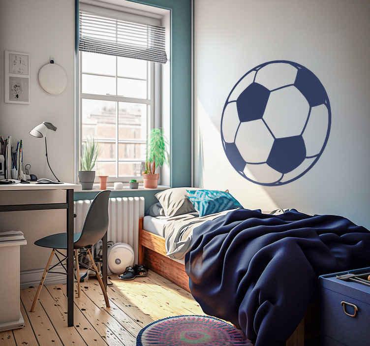 TENSTICKERS. モノクロフットボールの子供のステッカー. スポーツステッカー - そこに若いサッカーファンのためのサッカーのイラスト。子供用の寝室、10代の部屋またはスポーツセンターをこのシンプルで効果的なサッカーボールデザインでパーソナライズしましょう. 50種類の色とサイズがあります。