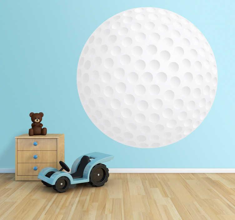 TenStickers. Naklejka piłeczka golfowa. Naklejka dekoracyjna dla wszytskich fanów gry w golfa! Umieść kulę w postaci naklejki samoprzylepnej na dowolnej gładkiej powierzchni. Świetnie sprawdzi się w pokoju dziecięcym, jak również miejscach o sportowym przeznaczeniu.