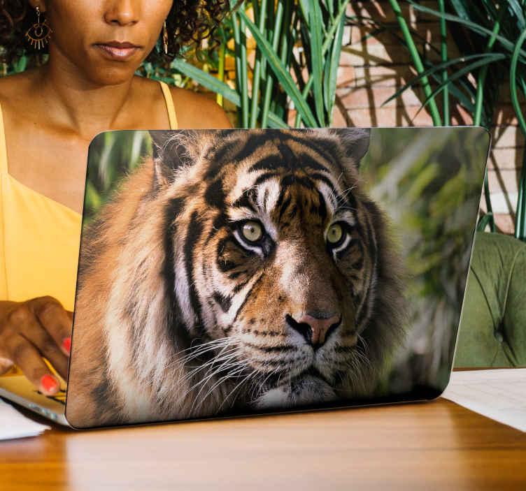 TenStickers. Sticker Animal Tigre. Découvrez une nouvelle manière de décorer votre ordinateur portable avec notre sticker animal sauvage de tigre pour des frissons. Livraison Rapide.