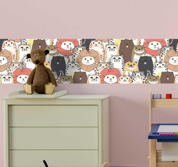 TenVinilo. Vinilo habitación infantil montón de animales. Original cenefa adhesiva para habitación infantil formada por la ilustración de varios animales salvajes. Vinilos Personalizados a medida.