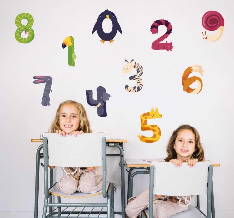TenStickers. Muurstickers kinderkamer Nummers met dieren. Kinderkamer muursticker met de nummers 0 tot en met 9, allemaal gevormd door dieren. Afmetingen aanpasbaar. Snelle klantenservice.
