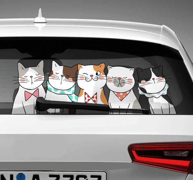 TenStickers. Naklejka na samochód pięć kotków. Naklejka samochodowa, przedstawiająca pięć uroczych kotków. Idealna dla każdego miłośnika tych zwierzaków! Codziennie nowe projekty!