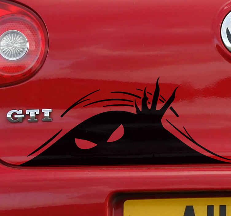 TenStickers. Auto sticker monster in de kofferbak. Een fantastisch, visueel misleidend voertuig sticker dat een monster afbeeldt die uit de kofferbak komt. 10% korting bij inschrijving.